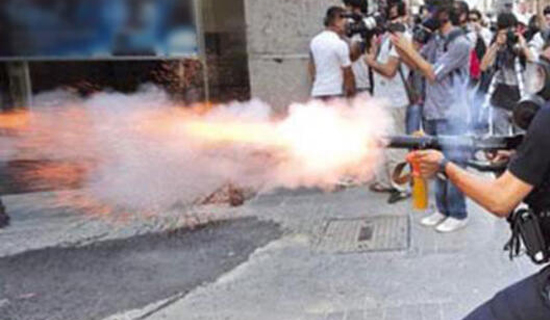 AYM, Polisin Biber Gazlı Müdahalesini Haksız Buldu. 20'şer Bin Lira Tazminatı Hükmetti