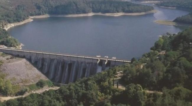 Elmalı Barajı'nda ki Görüntü, Kirlilik Değil Algler'den