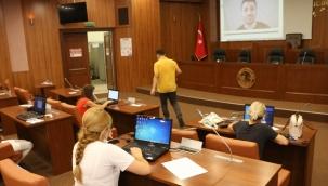 Kartal Belediyesi, Kreş Öğretmenlerini Uzaktan Eğitim Konusunda Bilgilendiriyor