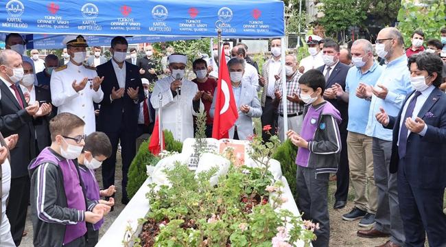Kartal'lı 15 Temmuz Demokrasi Şehidi, Mezarı Başında Anıldı