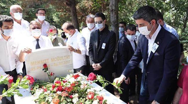 Mehmet Moğultay Vefatının 3'üncü Yılında Mezarı Başında Anıldı