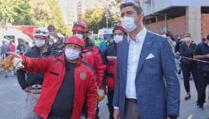Kartal Belediye Başkanı Arama Kurtarma Ekibiyle Deprem Bölgesi İzmir'de