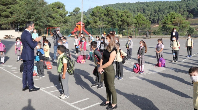 Kartal Belediyesi, Yüz Yüze Eğitimin İlk Gününde Öğrencileri Yalnız Bırakmadı