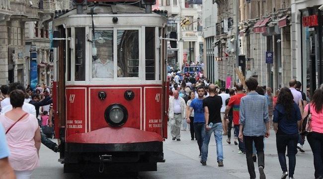 İstanbul'da Turist Sayısı 5 Milyona Düştü