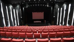 İBB Şehir Tiyatroları Müze Gazhane'de